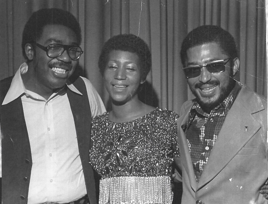 ebony associate ny editor apeterbailey arethafranklin and jet associate ny editor cordell thompson